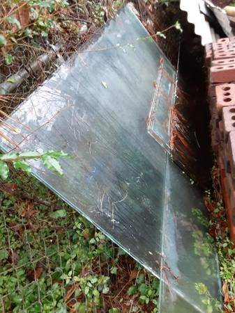 Photo glass doors and large glass pieces (leland)