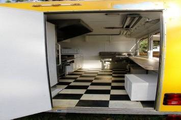 Photo gtgtgtgt 2011 gwen catering food trailer393939 With low miles ltltltlt - $800 (wilmington, NC gt)