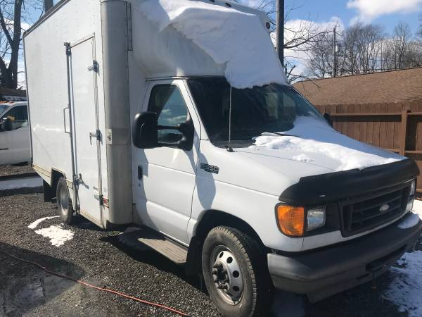 Photo 04 E350 Diesel Dually Box Truck - $7900 (Somerset, PA)