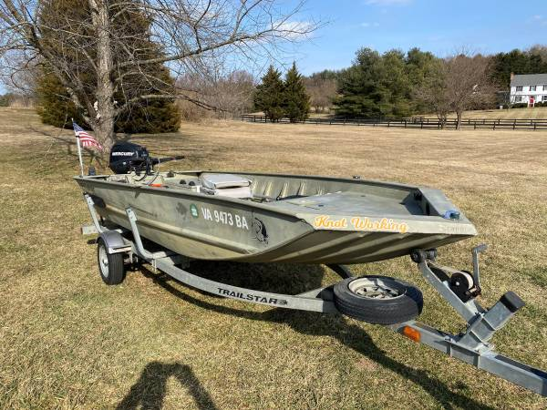 Photo 16ft jon boat with mercury outboard - $6,000 (winchester)