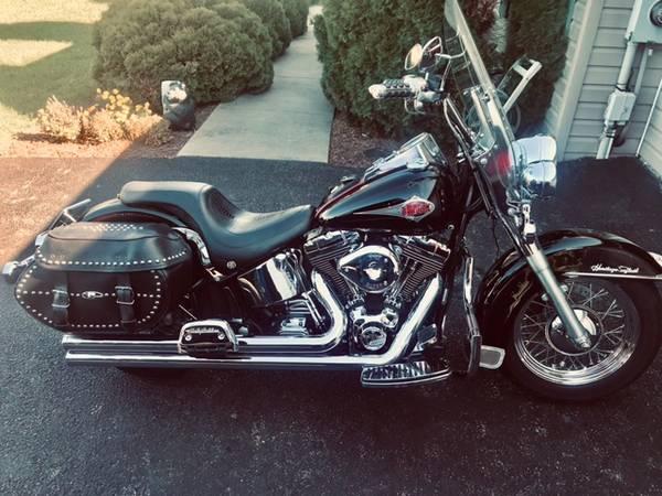 Photo 2001 Harley Davidson Heritage Softail - $7,000 (Walkersville)