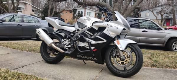 Photo 2001 Honda CBR F4i - 21k - $3,300 (silver spring)
