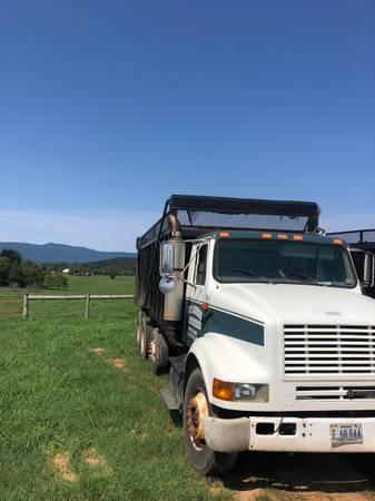 Photo 2001 International Dump Truck - $21,500 (Luray)