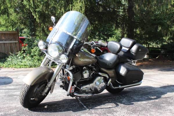 Photo 2004 Harley Davidson Road King Custom - $6,500 (Stuarts Draft)