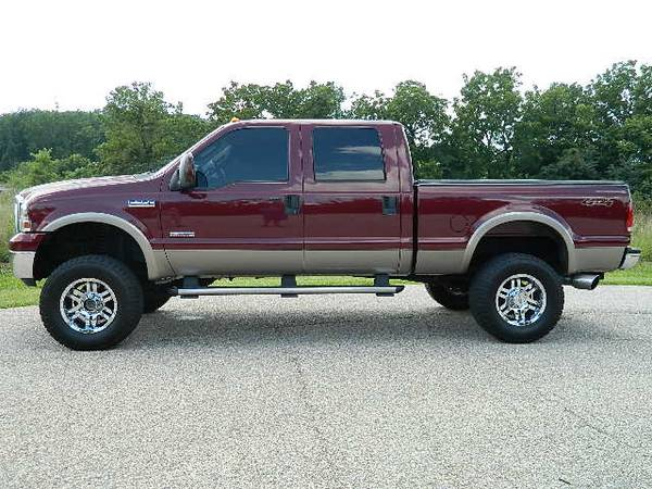 Photo 2006 FORD F350 CREW CAB LIFTED DIESEL 4X4 - $23,995 (FINANCING AVAILABLE)