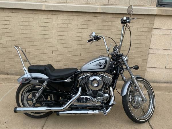 Photo 2015 Harley-Davidson Seventy-Two XL1200V Sportster - $9,350 (Arlington, VA)
