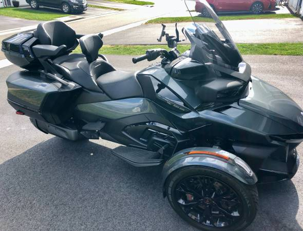 Photo 2020 Can Am Spyder RT Limited - $24,990 (Ashburn)