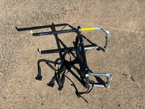 Photo Allen 103A, 3 Bike Bicycle Trunk Mount Rack - $40 (ALEXANDRIA)