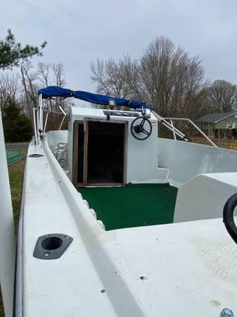 Photo Boat center console - $3 (Woodstock va)