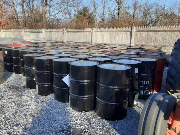 Photo Burn barrels for spring clean up with top already cut out. - $20 (Gerrardstown wv)