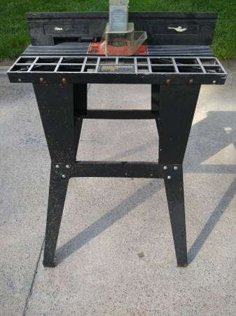 Photo Craftsman Router Table - $50 (Bluemont)