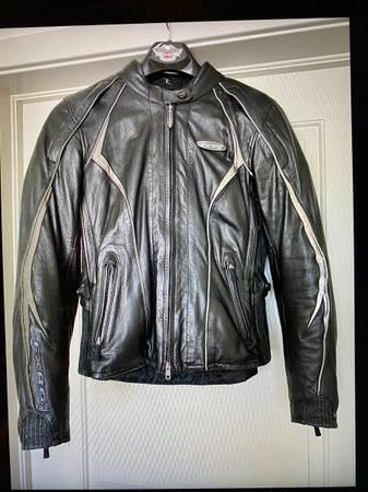 Photo Harley Davidson Women39s FXRG Collection Waterproof Leather Jacket - $300 (Arlington)