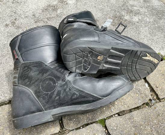 Photo Mens Joe Rocket Meteor Motorcycle Boots - $30 (Old Town Winchester)