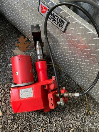 Photo Western Snow Plow and Pump - $250 (Bluemont)