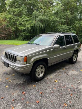 Photo 1997 Jeep Grand Cherokee Limited 5.2 V8 - $5500 (Mount Airy)