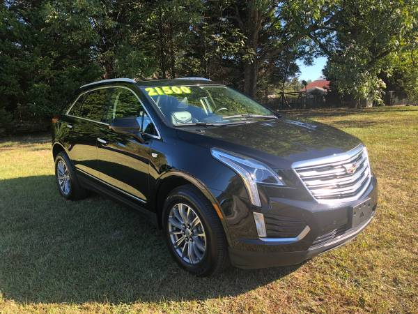 Photo 2017 Cadillac XT5 with only 1300 miles - $19900 (Winston Salem)
