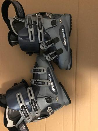 Photo Barely Used Ladies Size 77.5 Nordica Next 3.0 Snow Ski Boots - $50 (Winston Salem)
