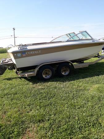 Photo Boat Cobalt V8 350 - $3700 (Kernersville)