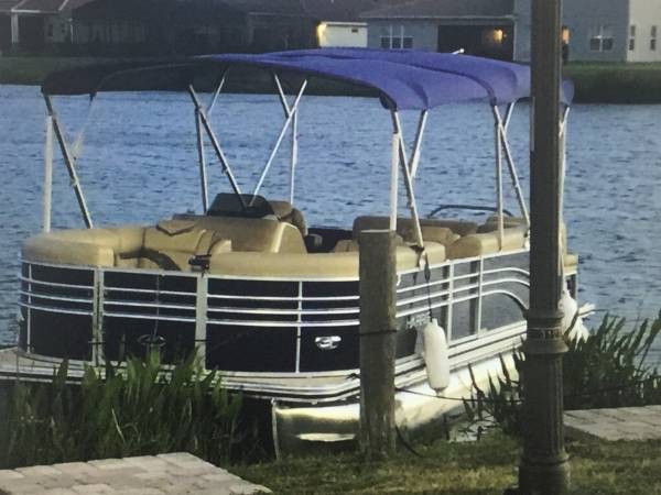 Photo Low Hours Pontoon Boat For Sale - $13,200