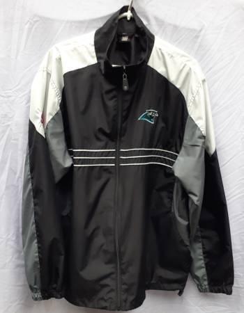 Photo Mens Carolina Panthers jacket - $20 (Winston-Salem)