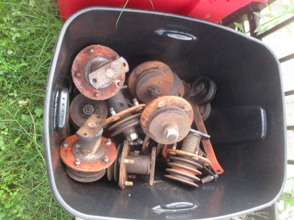 Photo Mower deck spindles for Power king tractors - $50 (Mountain City Tn)