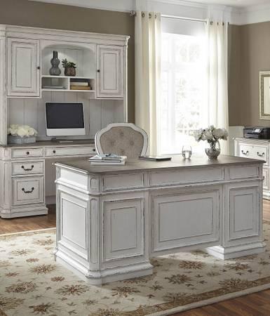 Photo Nice(Quality)Home office for sale.... - $3,299 (Winston Salem,North Carolina)