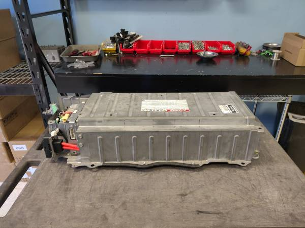 Photo Reconditioned Batteries Chevy Tahoe (2008-2013) - $1,400 (WINSTON SALEM)