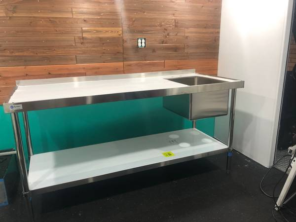 Photo Stainless Steel Prep Table with Sink - $295 (Winston-Salem)