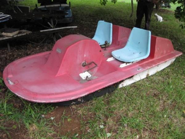 Photo Vintage Sport Craft Aqua Cycle Pedal Boat - $150 (Mocksville)