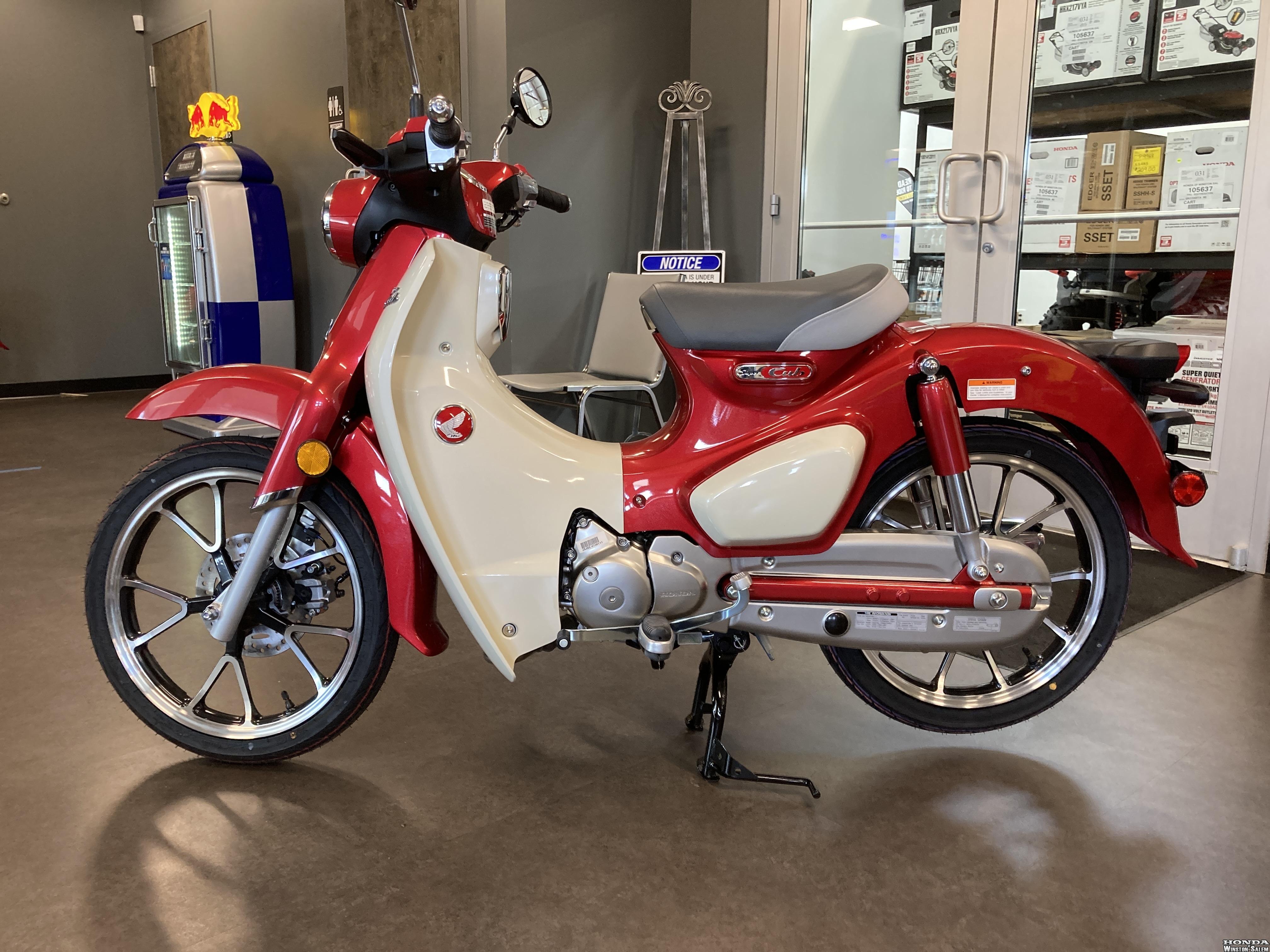 Photo 2021 Honda Super Cub C125 $3749