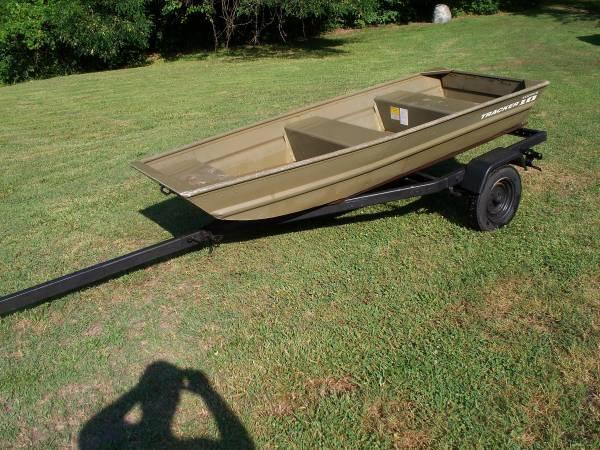 aluminum tracker jon boat & trailer - $950 (winston salem) | Boats