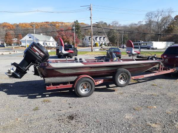 Photo 1994 ranger 354v xt bass boat - $4,000 (Marlborough)