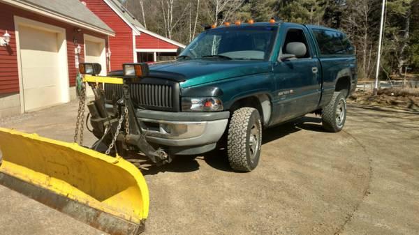 Photo 1998 Dodge Ram 1500 4X4 97 K Orig W Plow LOOK - $3800 (Belmont,Nh)