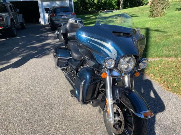 Photo 2016 Harley Davidson - Ultra Limited Low - $16,000 (Douglas)