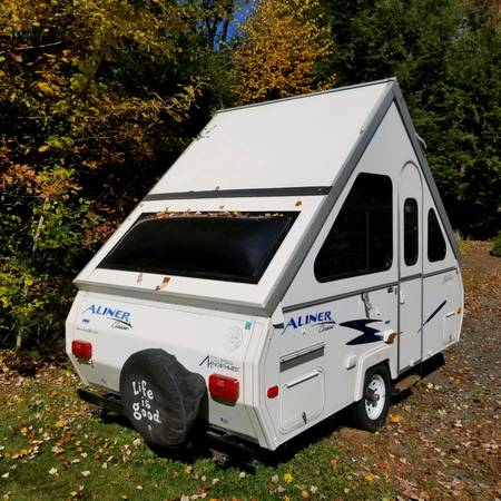 Photo ALINER CLASSIC POP UP CAMPER - $7800 (Westminster)