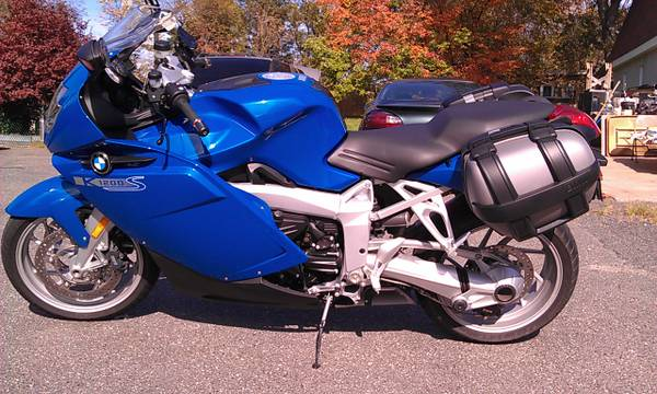 Photo BMW K 1200S - $4,800 (WestBrookfield)