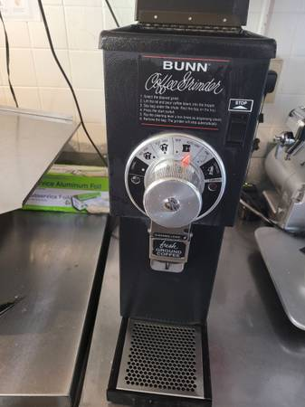 Photo BUNN OMATIC COMMERCIAL COFFEE GRINDER - $700 (South Grafton)