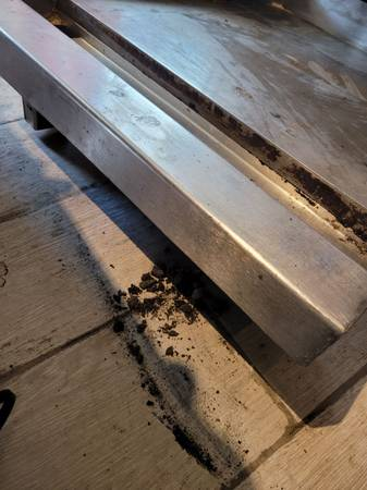 Photo Commercial grade 24 inches gas griddle - $300 (South Grafton)