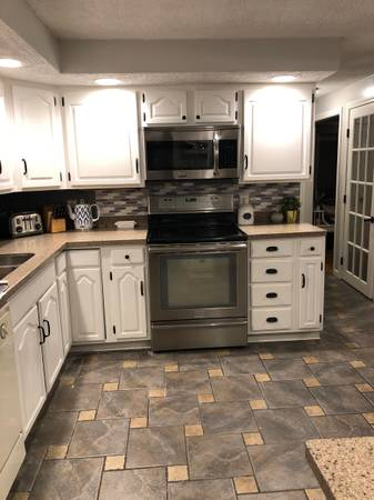 Photo Corian Countertops - $1,000 (Worcester, MA)