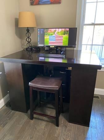 Photo Desk Pottery Barn Project Table  Desk - $400 (Auburn)