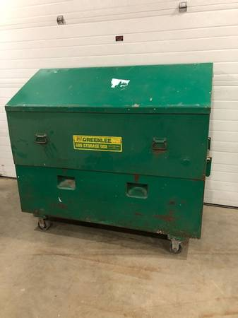 Photo GREENLEE JOB BOX - $350 (wilbraham)
