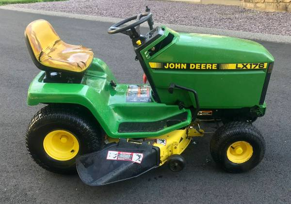 Photo John Deere LX176 Hydro Riding Lawn Tractor With Mower  Snowblower - $650 (Oxford, MA)