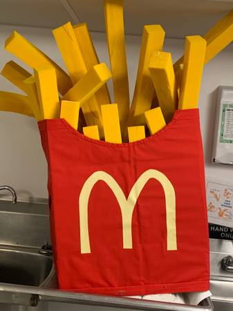 Photo McDonalds French Fry Costume - $30 (Oakham)