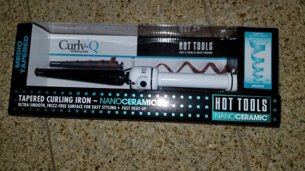 Photo New in the box Curling Iron-Hot Tools - $10 (Leominster)