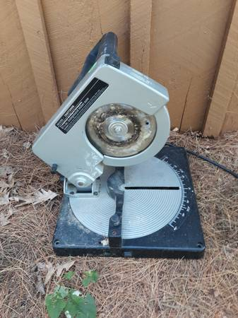 Photo Sears Craftsman 8 14 inch compound miter saw Good working condition - $15 (Stow)