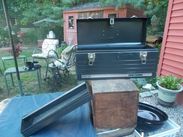 Photo used Craftsman 203939 Tool Box - $15 (Auburn)