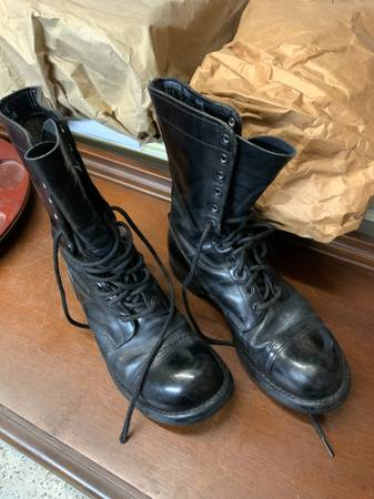 Photo Corcoran jump boots (Scott Depot, WV) - $70 (Scott Depot)
