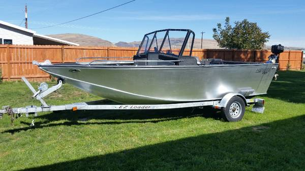 Photo 18ft hewescraft jet boat - $10000 (Selah)