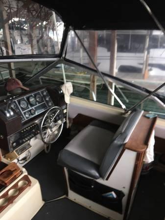 Photo 1980 Bayliner 32 ft. for Sale or Trade - $12,000 (Normandy Park)