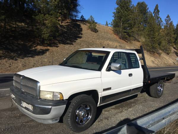 Photo 1995 dodge ram 2500 cummins turbo diesel 12 valve - $5500 (Spokane wa)